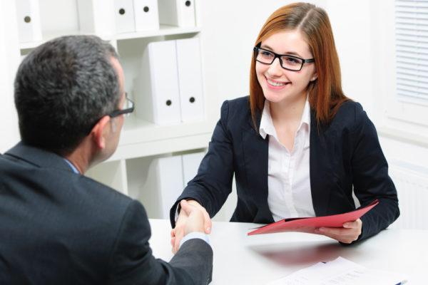 Как понравиться на собеседовании — приемы, чтобы вызвать симпатию